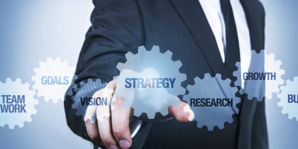 The-10-Australian-Business-Strategists-and-Experts--1140x570